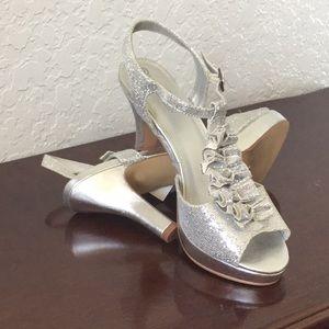 Shoes - Glam Bling Silver Platform Heels Size 9
